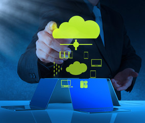 Businessman working with a Cloud Computing diagram