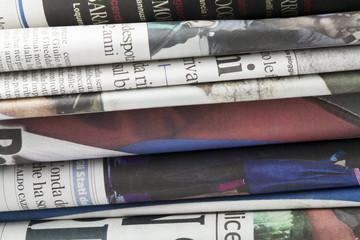 Giornali, Informazione