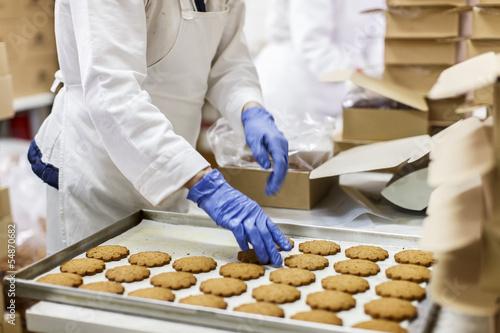 Cookies factory - 54870682