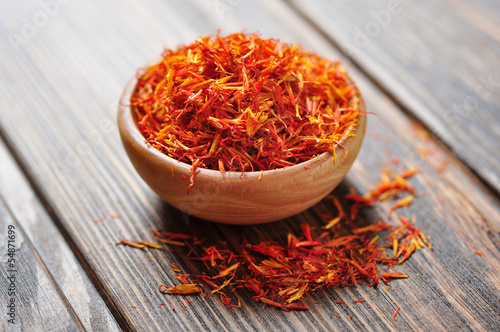 Saffron in wooden bowl