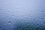 Fototapety 雨の降っている窓辺
