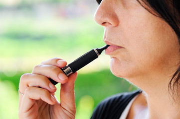 Fumatrice di sigaretta elettronica
