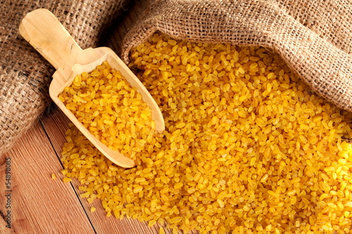 yellow wheat - bulgur