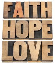 Foi, l'espérance et l'amour typographie