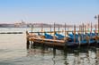 Venise - gondoles