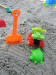 Children's beach toys