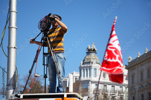 Videooperator shoots Demonstration
