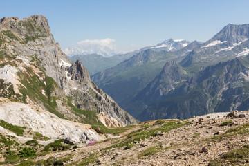 Vue vers le massif du Mt-Blanc
