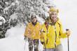 Italien, Südtirol, Zwei Frauen, Langlaufen