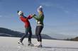 Österreich, Salzkammergut, Irrsee, Teenager skaten