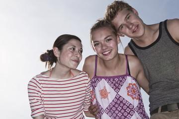 Deutschland, Berlin, Teenage Mädchen und Jungen