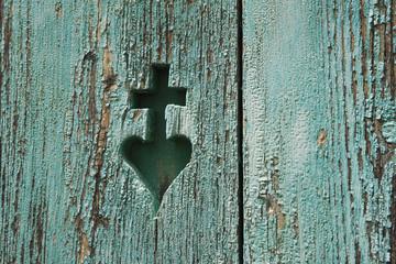 Österreich, lackiertes Holz mit geschnitzten Herz-Symbol