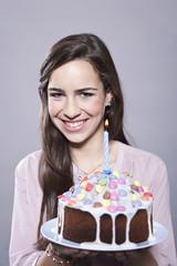Mädchen mit Kuchen, Lächeln