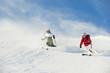 Österreich, Salzburg Land, Altenmarkt-Zauchensee, Paar mittleren Alters Skifahren auf Skipiste im Winter