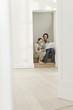 Deutschland, Berlin, Älteres Paar Umzug in neues Haus