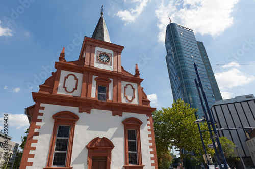 Kirche cuadros y p sters for Ui offenbach