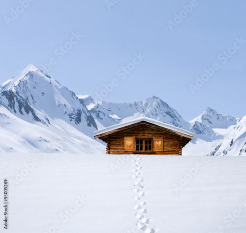 Fußspuren zur Schihütte
