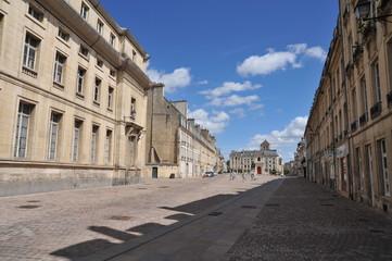 Place Saint-Sauveur (en triangle), Caen