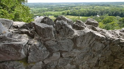 Rattlesnake Point Tilt Over Rocks 00178