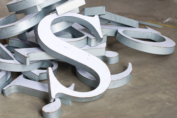 The metal font making / Raw material for sign maker