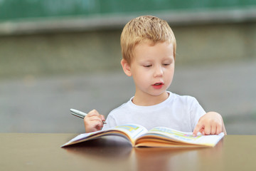 Four year old child learning