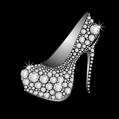 HIGH HEELS DIAMONDS