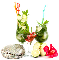 Classic Mojito summer set with apple, lime and strawberry