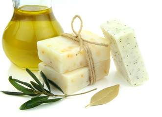 Natural soap with olive, daphne and poppy seeds