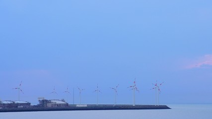 windmills and sky time-lapse