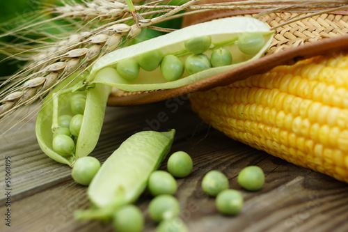 corn cob and pod peas