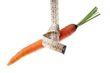 Karotten mit Maßband