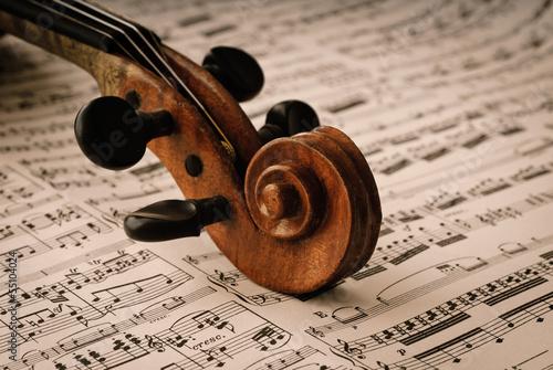 mata magnetyczna Szczegółowo einer alten Geige