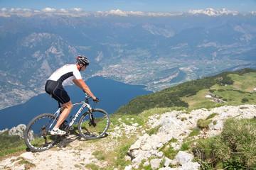 Mann, Mountainbike, Fahrrad, Monte Altissimo, Gardasee