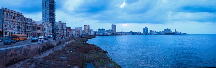 Sonnenuntergang Panorama über Malecon in Havanna, Kuba