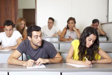 Abschreiben bei einer Prüfung