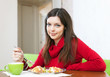woman shared lunch for two parts