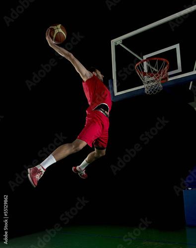 koszykarz-w-akcji