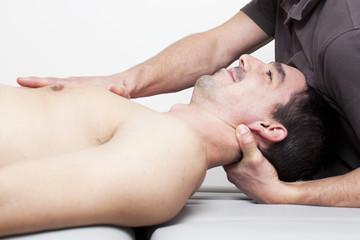 Nackenbehandlung