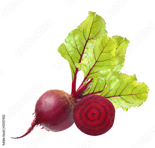 canvas print picture Beetroot with leaves isolated on white