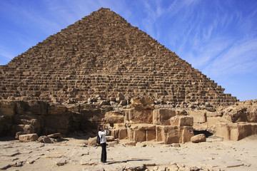Pyramid of Menkaure, Cairo