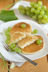 Pancake with Grapes