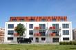 moderner Neubau Mehrfamilienhaus