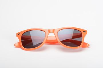 Gafas de sol de color naranja