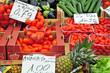 Frutta e verdura al mercato di Papiniano, Milano