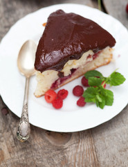 cherry cake chocolate glaze