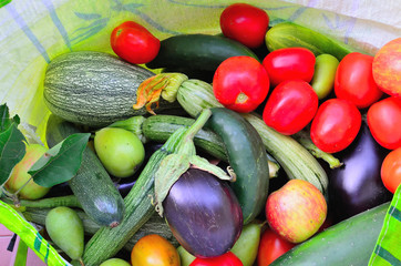 mix di verdura e frutta