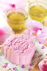 Pink noble delight mooncake