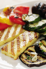 Grilled Halloumi cheese and vegetables