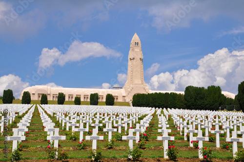 Ossuaire de douaumont in Verdun, France - 55228085