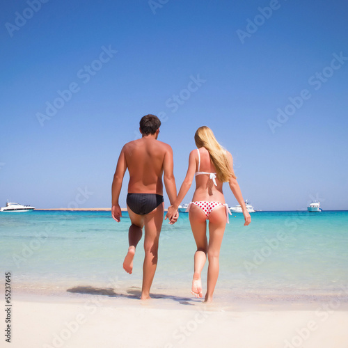 Boyfriend and girlfriend on the beach